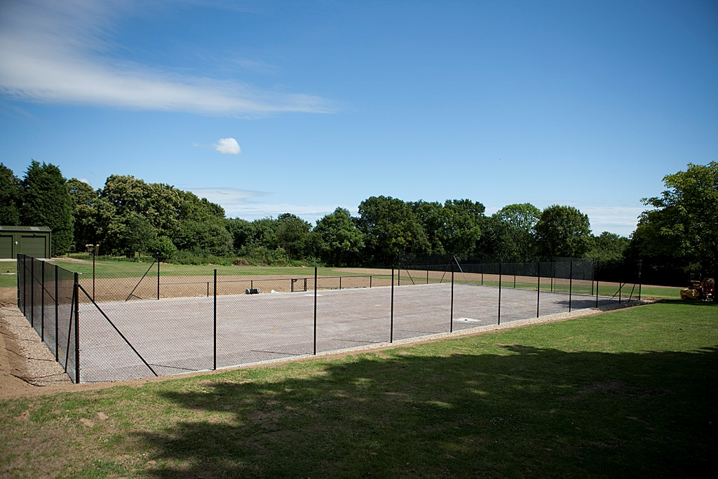 Tennis_Court_2009_POP3720.jpg