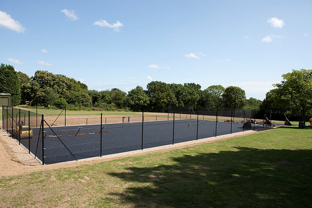 Tennis_Court_2009_POP3729.jpg